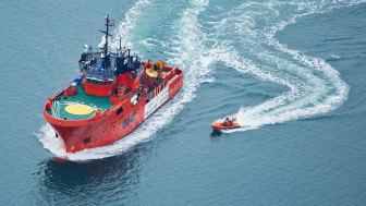 ESVAGT og TotalEnergies har indgået en række kontrakter for en stor del af den flåde af skibe, der vil betjene den danske sektor af Nordsøen.