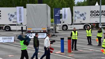 Alexander Staun og Coach Henrik Holm på vej til semi-finalen