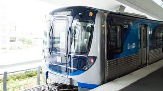 Metro Miami: il Primo Nuovo Treno Metrorail entra in servizio
