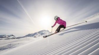 SkiStar Hemsedal garanterer fine snøforhold helt frem til siste skidag tirsdag 1. mai. Foto Ola Matsson.