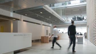 Arkitemas kontor i Aarhus ligger i dag i Frederiksgade. Igennem alle 50 år har Arkitemas kontorer i byen ligget i midtbyen.