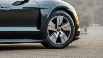 Hankook originalutrustar nya Porsche Taycan