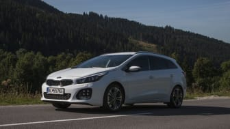 For bare 3.195,- kr. om måneden kan du privatlease en KIA cee'd SW GT-Line Limited