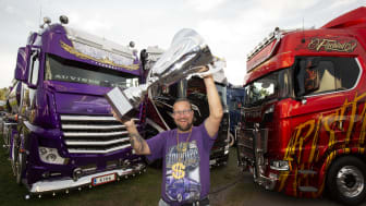 Mika Auvinen från Helsingfors i Finland fick i helgen lyfta segerpokalen i Nordic Trophy för åttonde gången. Därmed är han störst genom tiderna i den prestigefyllda tävlingen för snygga lastbilar.