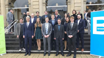 Preisträger, Vorstand Ulrich Lamy, Barmenia sowie Professoren der BUW