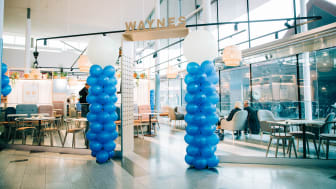 Waynes nya kafé i Åkersberga Centrum