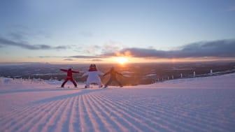 Børn på ski i Vemdalen