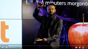 Bild från föreläsningen Tio strategier för en starkare hjärna med Mattias Ribbing