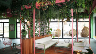 Garden Lounge in der Lobby des Légère Express