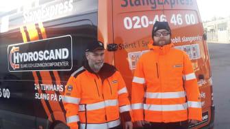 Hydroscands servicetekniker Dennis Ekberg (till vänster) och Henrik Myrberg (till höger).
