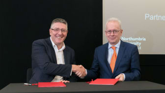 L-R Matt Hutnell, Director of Santander Universities UK, with Professor Andrew Wathey CBE, Vice-Chancellor and Chief Executive at Northumbria