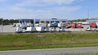MAN overtager Nyscans tidligere domicil på Avedøre Holme. Snart vil Nyscan og Iveco skiltene blive erstattet af MAN skilte.