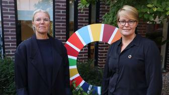 Carolina Holgersson Ivarsson, projektledare, och Jessica Arvidsson, utvecklingsledare, från avdelningen för hållbar utveckling på Båstads kommun.