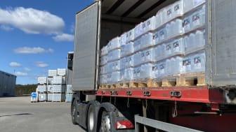 Direkte fra produksjonslinjen til ventende lastebil!