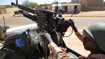Mali: Civila i skottlinjen
