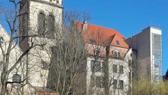Blick vom Karl-Heine-Kanal zum Integrationshotel Philippus - Foto: Andreas Schmidt