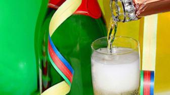Prosit Neujahr, aber ohne Alkohol am Steuer!