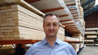 Sælger Lars Skovly Pedersen har 25 års-jubilæum i Bygma Bindslev den 1. april 2021