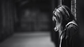 Idag släpps en rapport om ungdomars berättelser om sexuella övergrepp och trakasserier på statliga ungdomshem. Foto: Unsplah