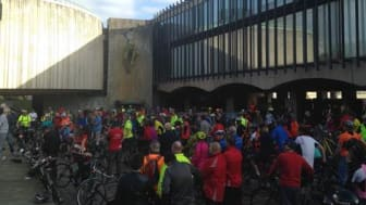 Credit Russell Bayliss (picture: rally organised by newcycling.org)