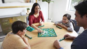 100 Familien in Deutschland haben die Chance ein Spielepaket zu gewinnen