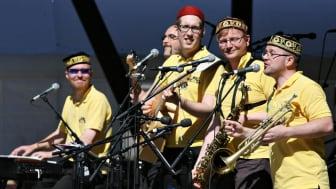 Musik till kaffet: Vier Brillen firar 20 år!