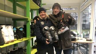 Teamleder på FRIGO Ellen Vik Ossiannilsson og Rune Hagen er klare i utlåndsboden på Vaterland.