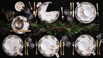 Festive table decoration with Rosenthal's Christmas pattern Yule