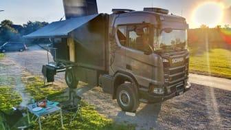 Mit dem Scania R 370 XT 4x4 als Motorhome geht es für das Ehepaar Thomas Würsten und Regis Zen Ruffinen bald auf Reise.