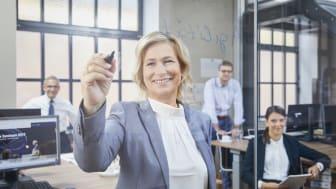 """BPW gehört zu """"Deutschlands Besten Arbeitgebern"""". Für Barbara Höfel sind zufriedene Mitarbeitende die beste Voraussetzung für zufriedene Kunden."""