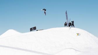SkiStar Snow Park Trysil ble kåret til Norges beste Snowboard Awards. Her Fridtjof Sæther Tischendorf på Night'n under forrige sesongs NM i Trysil. Foto: Ola Matsson