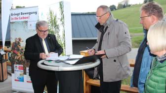 Unterzeichnung der Kooperationsvereinbarung in Kurort Oberwiesenthal (Foto: TVE)