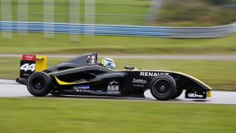 William Karlsson, 14 år i sin Formel Nordic bil försedd med Renaultmotor