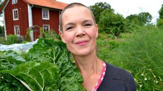 Lokal förankring när Sara Bäckmo föreläser på nya Trädgårdsmässan i Växjö i helgen.