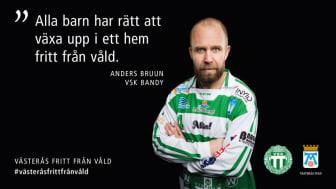 Västerås stad och VSK Bandy genomför tillsammans kampanjen Västerås fritt från våld. En kampanj för kvinnofrid och mot våld i nära relationer. Foto: Per Groth