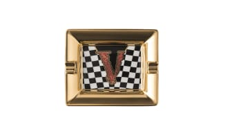 """A baroque """"V"""" is the distinctive sign of the new gift collection by Rosenthal meets Versace"""