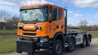 Første terrængående lastbiler. Scania XT 8x8. 13 l, 6-cylinder rækkemotor på 450 hk