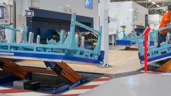 I slutet av juni skickade EdmoLift iväg de 4 sista specialdesignade ALT 3000 armlyftarna till Volvo Cars fabrik i Olofström.