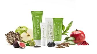 Sonya daily skincare system - En gelbaseret serie der tilfører huden fugt og glød.