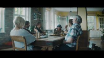 """Reklamní spot Opavia - """"A kde schováváte svoje Opavie vy?"""" - SK verze 2"""