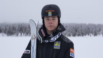 Det var under träningen inför världscupen i Tazawako som Walter hörde en smäll. Foto: Erik Danielsson, Ski Team Sweden Moguls