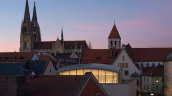 Blick auf die Regensburger Skyline mit Synagoge (Copyright: Marcus Ebener)