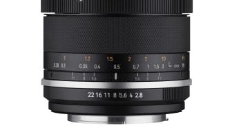 """Die 2. Generation des Samyang MF 14mm F2.8 ist am """"MK2"""" erkennbar. Neu sind unter anderem die Features Focus Lock und De-Click."""