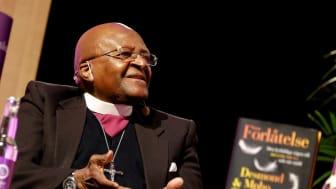 Desmond Tutu under Bokmässan i Göteborg 2014