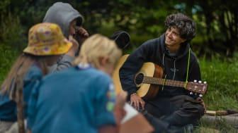 Scouternas arbete med ungdomars psykiska hälsa får stöd av Drottning Silvias stiftelse