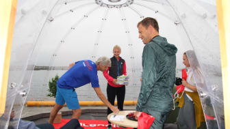 "Scandic kick-startet Arctic Race of Norway med ""plogging"" i går. Her fra Scandics pop-up hotell utenfor Scandic Vestfjord Lofoten."
