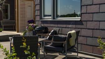 BoKlok projektet parkstråket i Gantofta var finalist i Stenpriset 2019. Här sitter takskiffersorten Nordskiffer Purple på fasaderna.