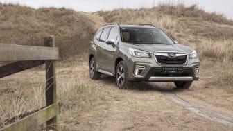 """Subaru Forester tog førstepladsen blandt såvel """"kompakte SUV'er"""" som """"mellemstore SUV'er"""". Over årene har Subaru modtaget ikke færre end 41 pokaler fra ALG, og anses derfor meget naturligt for at være det bilmærke, som oplever den laveste procentuell"""