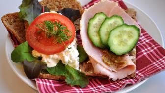 Svenskar äter för lite fibrer och fullkorn