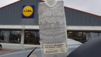 Den 4 maj blir Aqua Nobels källvatten i klimatsmart kartong tillgängligt i Lidls samtliga 194 butiker i Sverige.